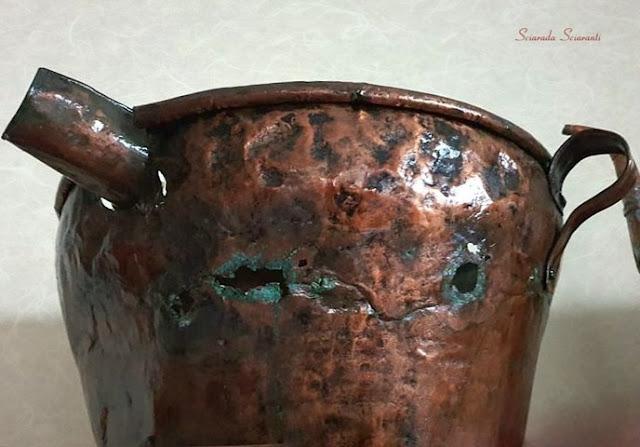 Antico recipiente di rame