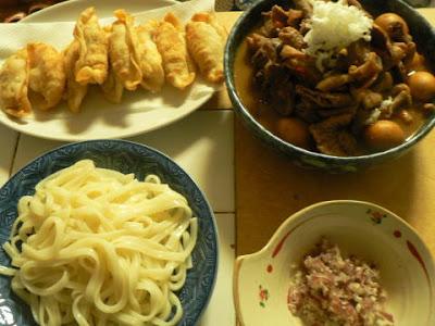 夕食の献立 献立レシピ 飽きない献立 もつ味噌煮