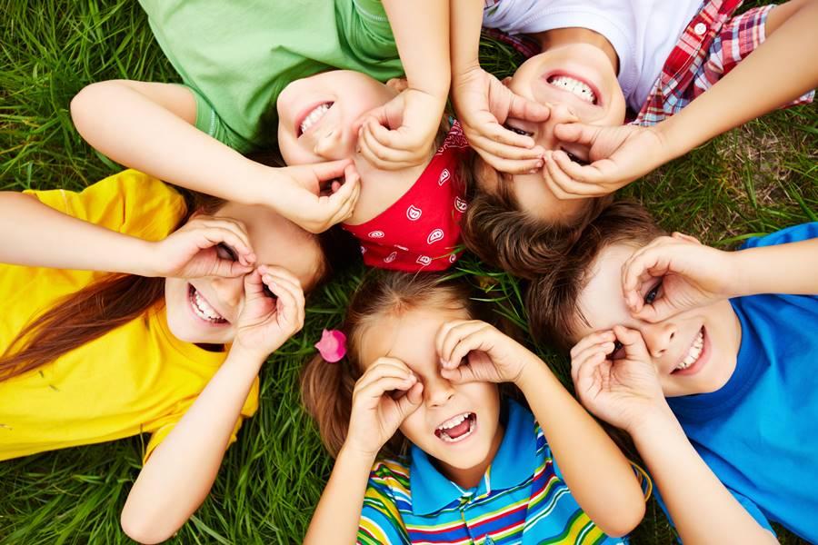 Cuatro juegos recreativos para niños