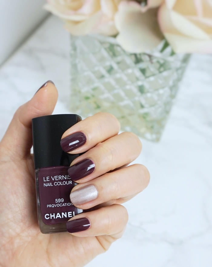 Chanel Le Vernis 599 Provocation swatch