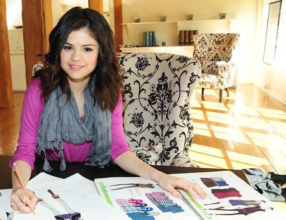 """D_andthefashion: """"Dream Out Loud"""" By Selena Gomez"""