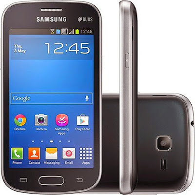Spek Samsung Galaxy V  Dengan budget marketing tak terbatas Samsung memperkenalkan Samsung Galaxy V sebagai ponsel murah yang dibandrol 1 Jutaan. Harga Samsung Galaxy V yang murah tentu sebanding dengan spesifikasi yang akan Sobat gadget dapatkan. Samsung Galaxy V dilengkapi layar berukuran 4 Inch dengan resolusi terbilang sangat minim hanya 480 x 854 pixels.                        Layar bertipe TFT tersebut memiliki kerapatan pixel mencapai -245 ppi. Sudah cukup baik apabila melihat  layar yang digunakan berukuran tidak terlalu besar. Sedangkan untuk dimensi sendiri terbilang cukup  tebal yaitu berukuran 10.7 mm dan bobot seberat 123 gram. Desain ponsel ini tidak berbeda jauh dengan  seri Samsung Galaxy lainnya dengan tetap mempertahankan body plastik.  Hardware yang digunakan pada ponsel ini tidak terlalu istimewa, apalagi Ram yang dibenamkan hanya berukuran 512mb, sedangkan untuk memory internal berukuran 4 GB dan masih bisa Sobat gadget perluas dengan slot MicroSD bekapasitas maksimum 32GB. Walaupun terbilang pas-pasan, namun memory internal  tersebut sudah lebih dari cukup untuk menginstal berbagai aplikasi media social yang sedang trend saat ini.            Yang harus Sobat gadget perhatikan adalah pemakian Ram yang sering kali habis oleh aplikasi yang berjalan secara bersamaan, sedangkan untuk kecepatan processor Samsung Galaxy