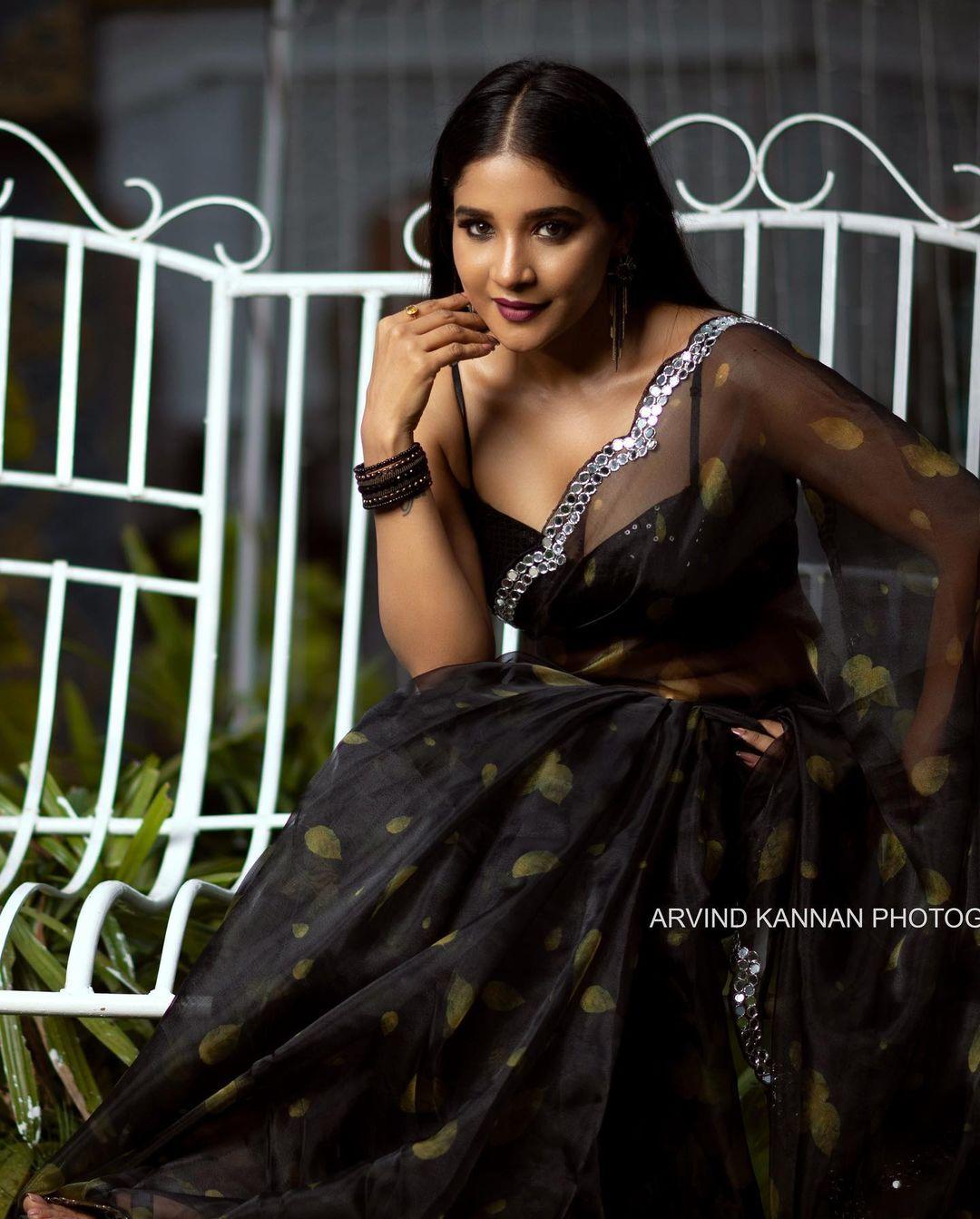 Actress Sakshi Agarwal Latest Hot Photoshoot in Black Saree