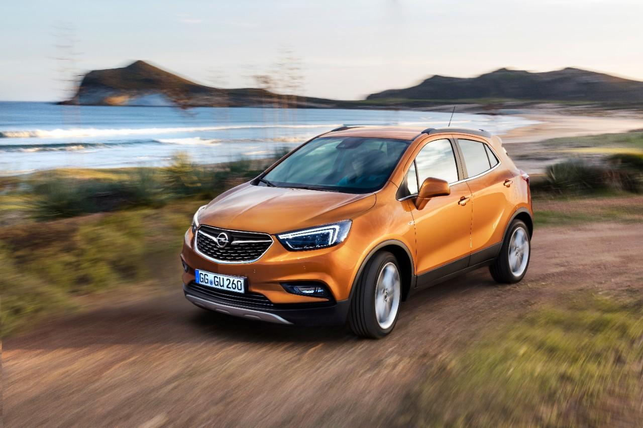 Υπηρεσίες και αξεσουάρ Opel. Ισχυροί προβολείς LED υπερσύγχρονης τεχνολογίας κάνουν τη νύχτα μέρα