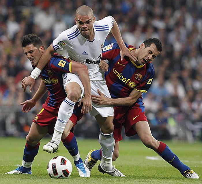 tocar a futbolista