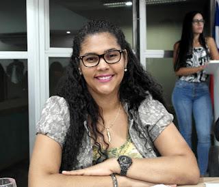 Resultado de imagem para Foto do vereadora Luciana Tavares