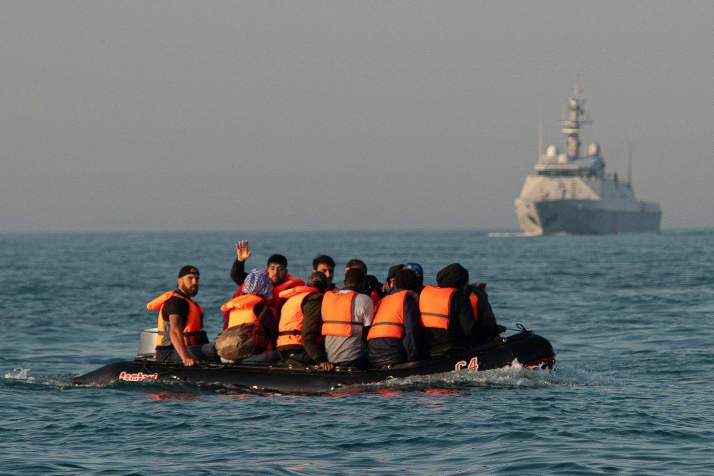 Royaume-Uni : le gouvernement cherche par tous les moyens à empêcher les arrivées de migrants