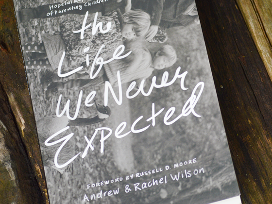 The Life We Never Expected {A Book Review & Giveaway} #lifeweneverexpected #flyby
