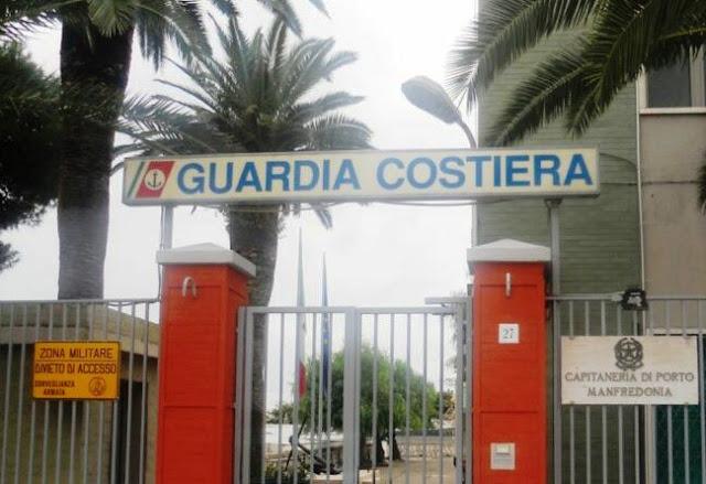 """Operazione Nettuno.  Sistema alterato nella Capitaneria di Porto di Manfredonia. Imbarcazioni con """"bollini blu"""" mai sottoposte a controllo. Gli arrestati"""