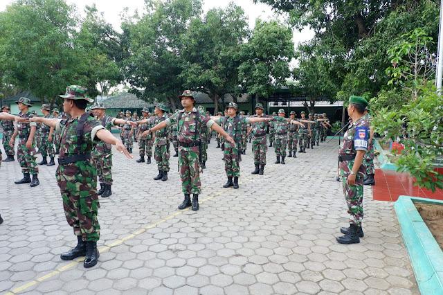 KodimKaranganyar - Latihan PBB Untuk Membentuk Karakter Prajurit