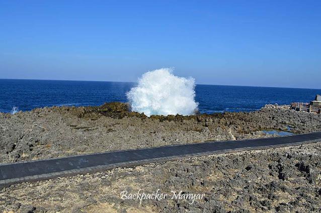 Pesona ombak Water Blow Nusa Dua Bali