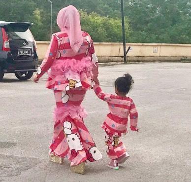 Baju Hello Kitty Berharga Setengah Juta Buat Pembeli Terdiam