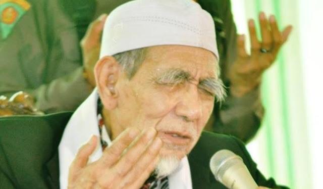 PBNU Minta Nahdliyin Shalat Ghaib untuk Mbah Maimoen