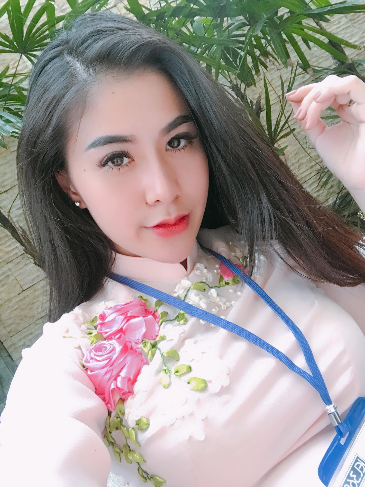 Hot girl….Trần Đinh Thanh Nhàn