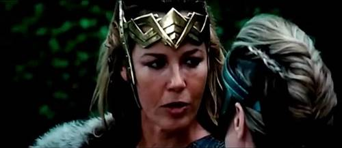Screenshots Wonder Woman (2017) HDTS MP4 Free Full Movie www.uchiha-uzuma.com