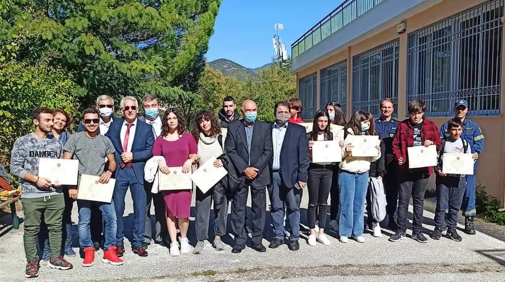 Βραβεύτηκαν μαθητές της Σταυρούπολης που πέρασαν σε ΑΕΙ