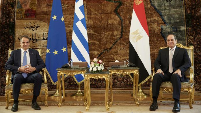 Μητσοτάκης από Κάιρο: Αίγυπτος και Ελλάδα υπηρετούν αταλάντευτα κοινές αρχές