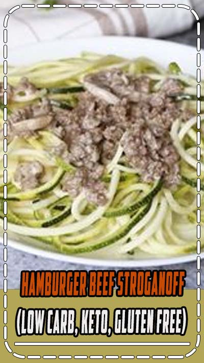 Delicious low carb hamburger beef stroganoff. This will become one of your favorite easy low carb dinner recipes. Just grab some ground beef, sour cream, mushrooms, and spices. If you like this recipe, be sure to check out more low carb yum recipes on the blog! // #lowcarbrecipes #glutenfree #zoodles #zucchini #hamburger #recipes #mealidea #keto #healthyrecipes