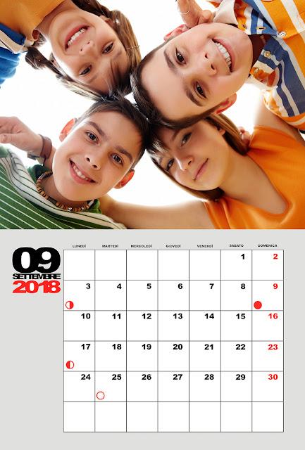 Calendario mensile con lune 30x45