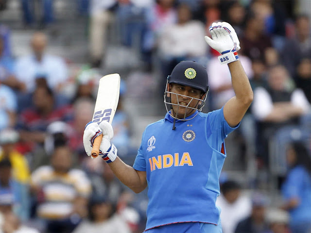 India vs New Zealand, Cricket World Cup: It was a tactical blunder to send Dhoni at number seven, say former greats