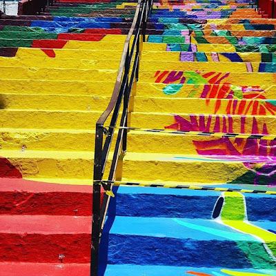 Escadaria pública de Registro-SP,  ganha novas cores e formas