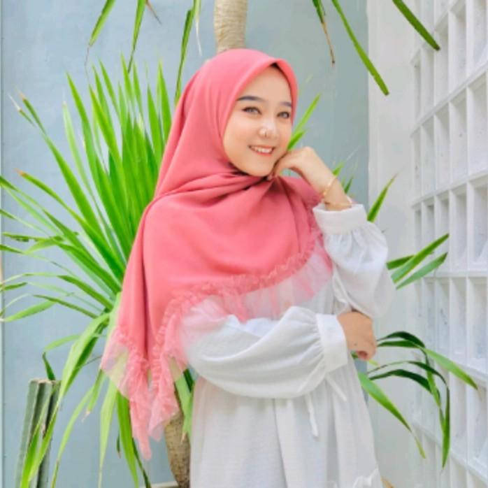 Jilbab Hijab Kerudung Segi Empat Bela Ruffle Dotyle Segi empat Rempel