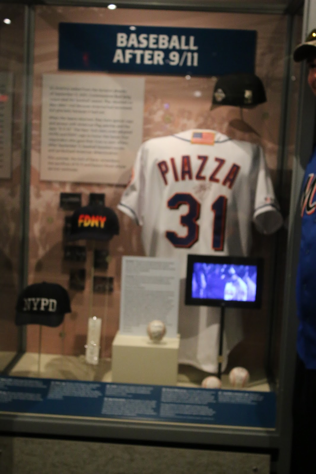 hot sale online 5235d 22cc1 TheMediagoon.com: Piazza 9/11 Jersey: The Story From The ...