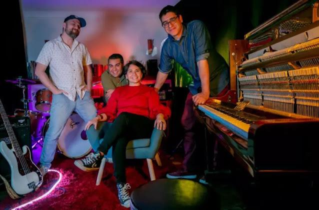 La Vuelta al Mundo adelanta su nuevo disco con 'No lo podrás parar'