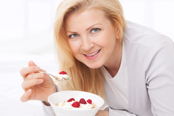Benefits of Yogurt for Health, Skin, Hair, Face and Weight Loss