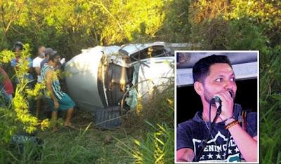 Feira de Santana/BA: Cantor da banda Chicana morre em grave acidente de carro na BR-116