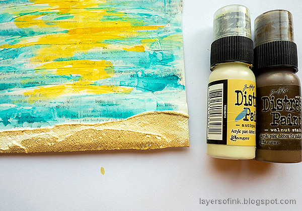 Layers of ink - Sunny Ocean and Beach Mixed Media Scene Tutorial by Anna-Karin Evaldsson. Paint the sand.