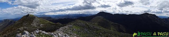 Sierra de la Cueva Negra: Panorámica desde el Jorovitaya o Peña el Taxista hacia el Mofrechu