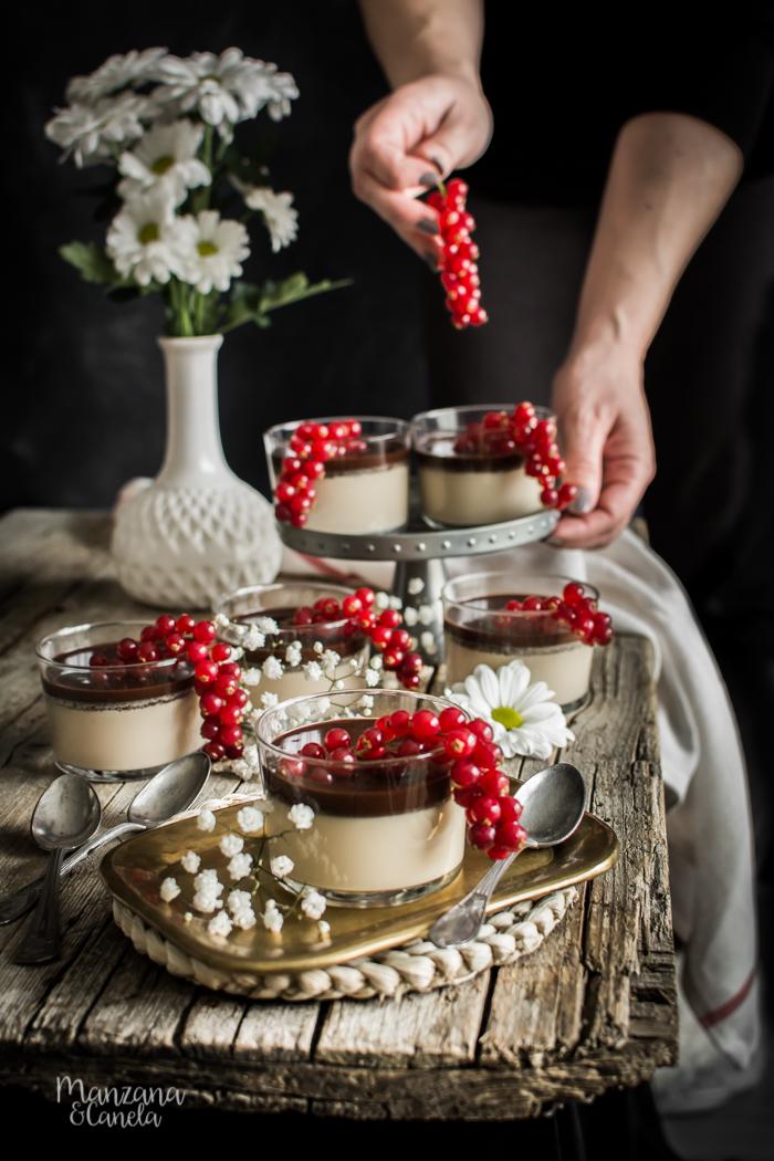 Panna cotta ligera de Baileys y chocolate.