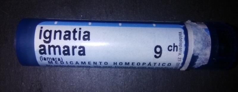 Ignatia amara para colicos del lactante