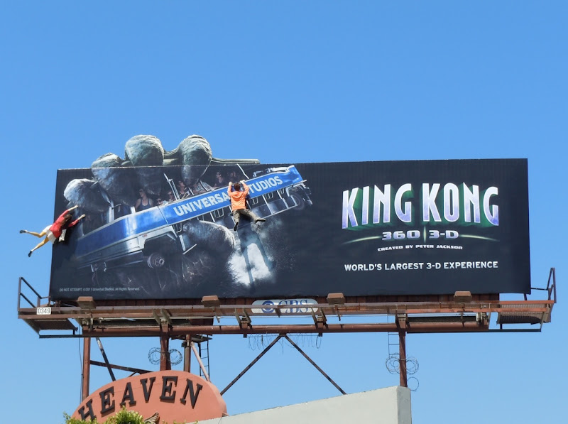King Kong 360 3D mannequin billboard
