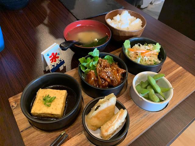 ไก่เทอริยากิ อาหารญี่ปุ่น