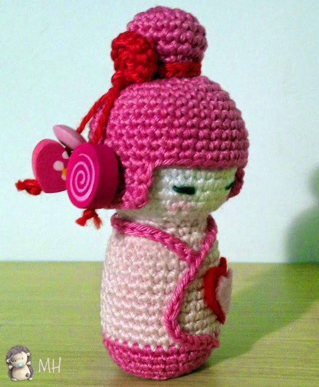 Pink kokeshi amigurumi