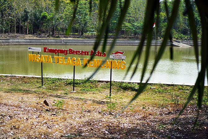 Telaga di Dusun Kemuning, Bunder, Gunungkidul