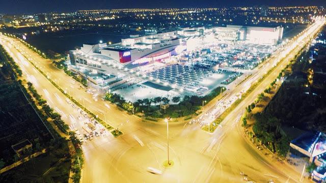 Aeon Mall Long Biên đẹp lung linh