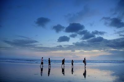Tempat Menginap di Pinggir Pantai Kuta indah cocok untuk yang suka Travelling