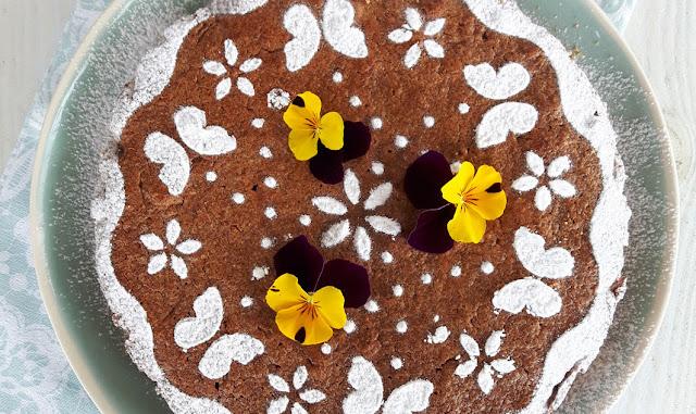 Torta di cous cous e cioccolato