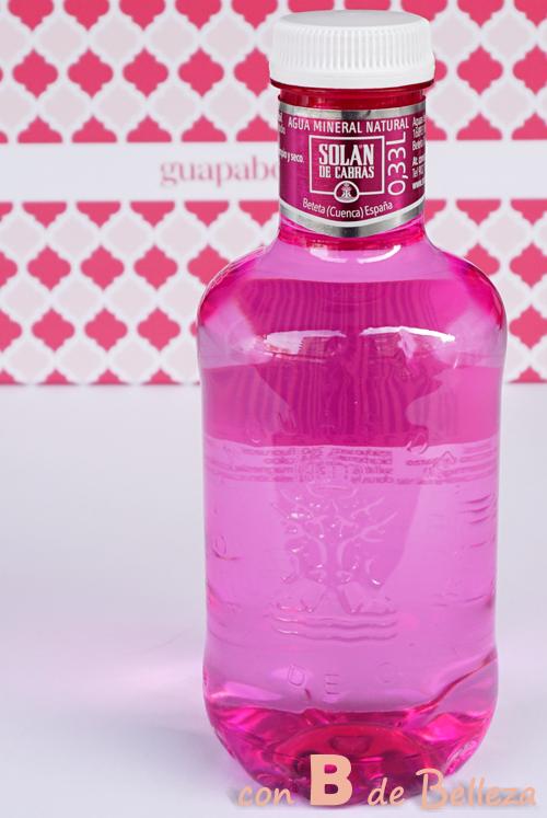 Botella agua rosa