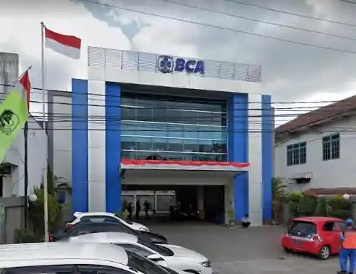 Alamat Telepon Bank Central Asia Muncar