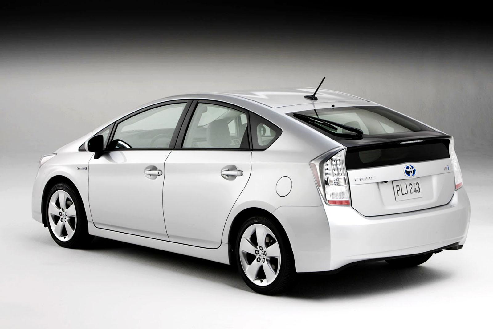 Toyota Prius Hybrit Car HD Wallpapers