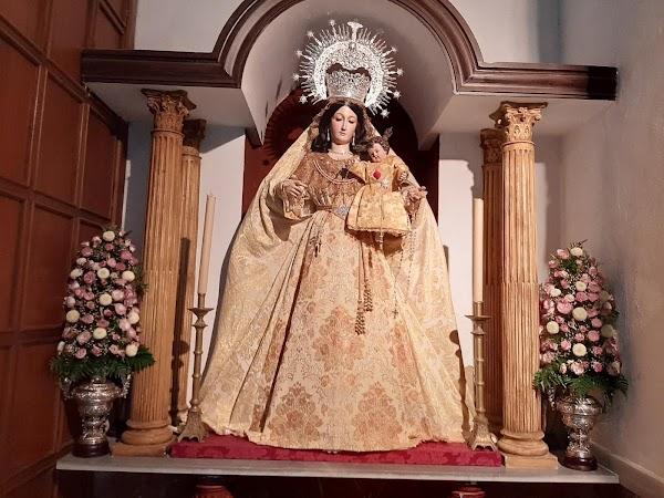 El Ayuntamiento autoriza el traslado Público de la Virgen del Rosario a Santiago en Jerez de la Frontera