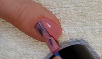 Life World Women: Speckled Egg Nail Art For Easter