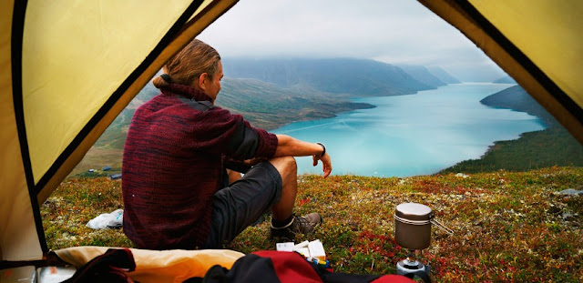 How Blogger's Review can Help to Choose & Buy the Best Camping Gear