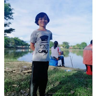 berkelah di tepi tasik, tempat berkelah tepi tasik, memancing di tasik, berkelah di tasik rahsia, memancing bersama anak, aktiviti bersama anak,