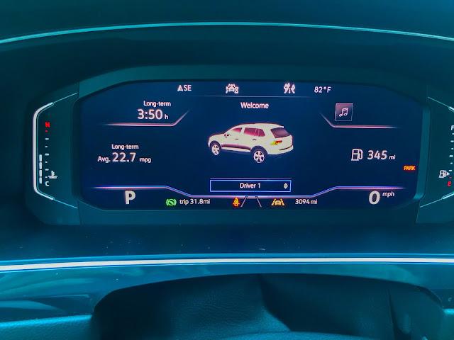 Gauge cluster in 2020 Volkswagen Tiguan 2.0T SEL with 4MOTION