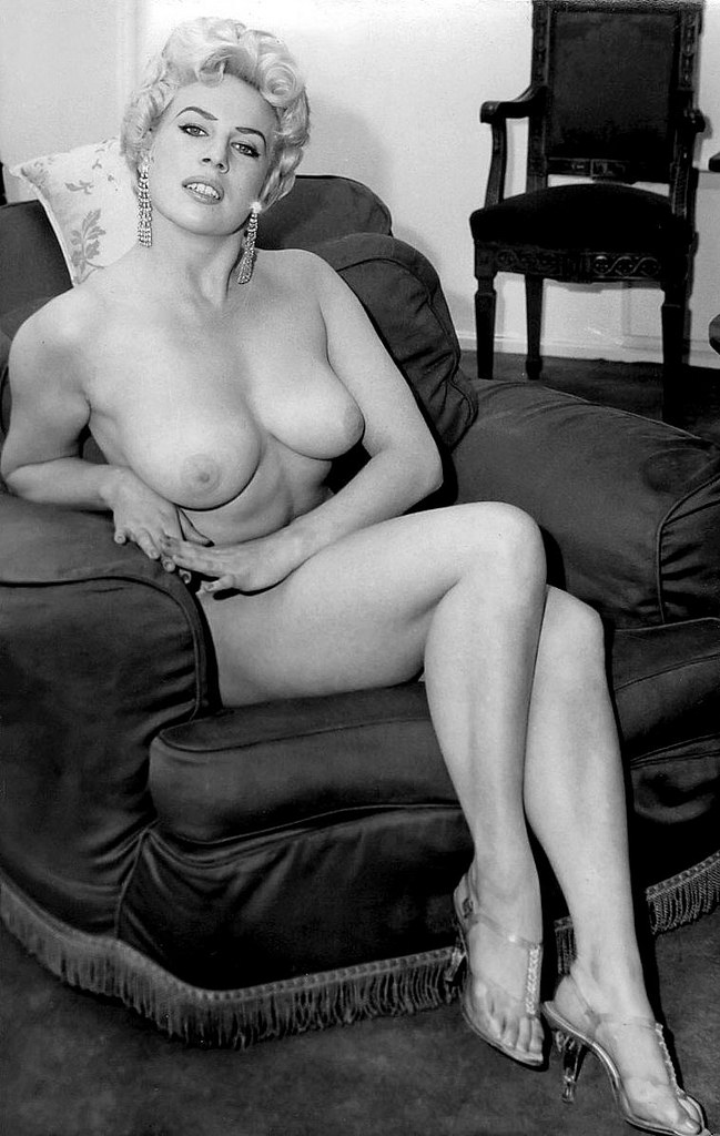 Olga Kurylenko Nude Celeb Pics